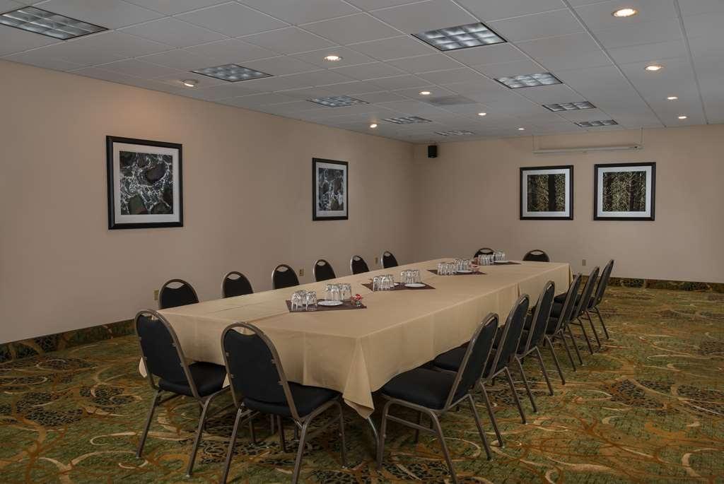 Best Western Plus Agate Beach Inn - The Cove Meeting Room