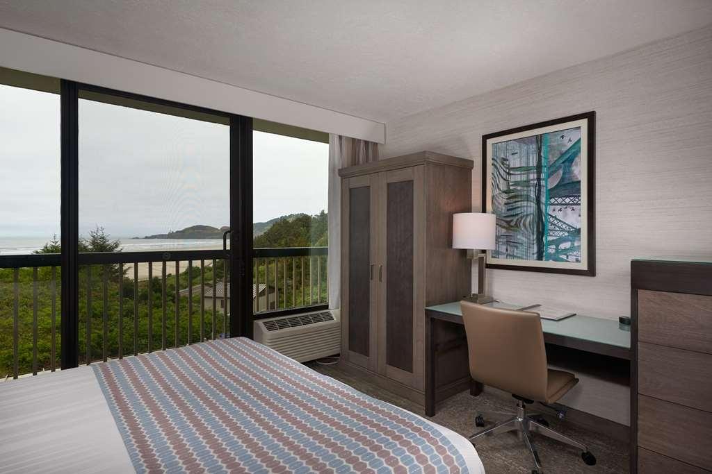 Best Western Plus Agate Beach Inn - Handicap Two Queen