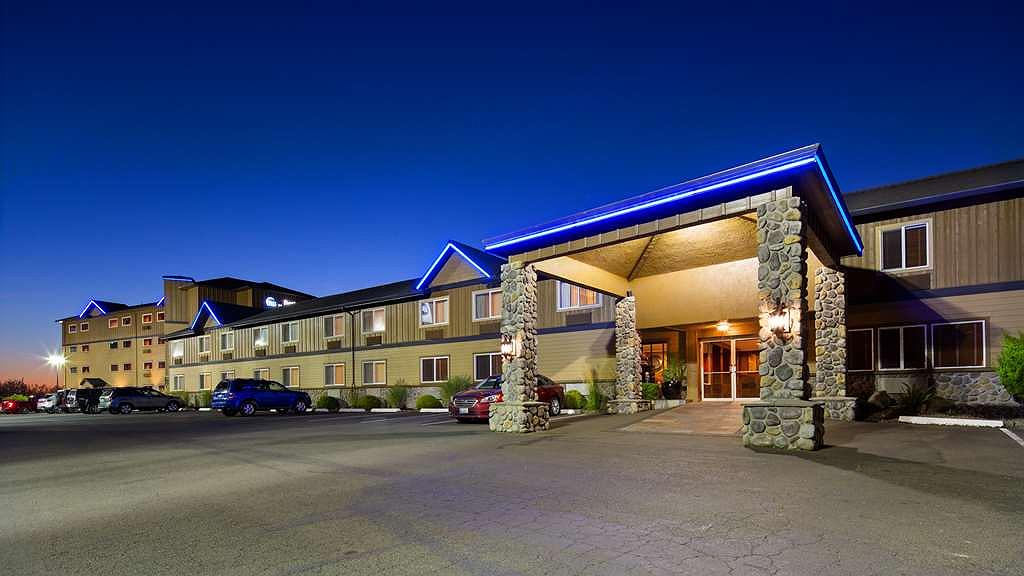 Best Western Astoria Bayfront Hotel - Aussenansicht