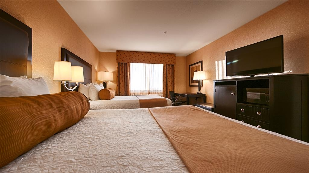 Best Western Astoria Bayfront Hotel - Make yourself at home in our guest rooms.