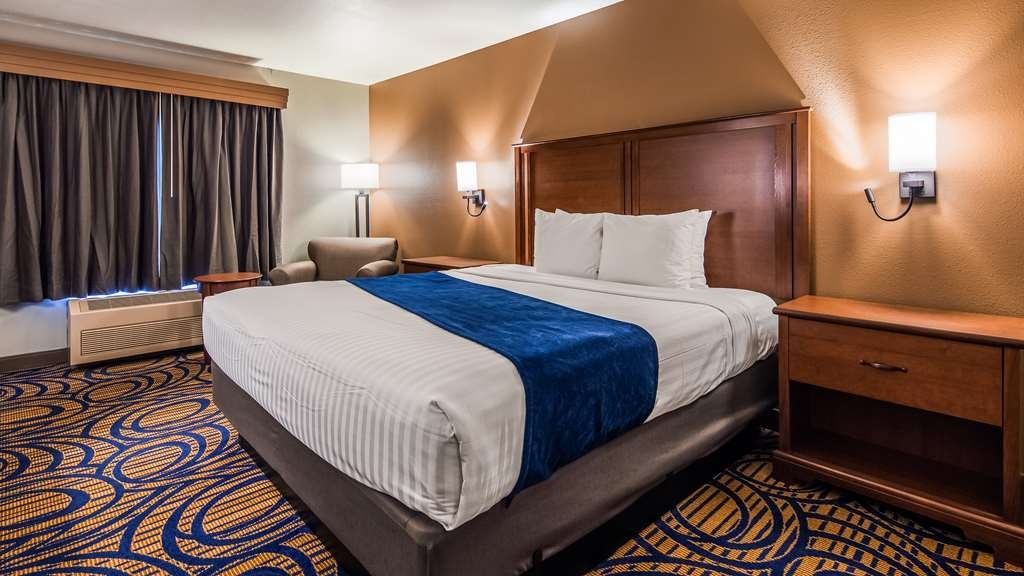 Best Western Woodburn - Your comfort is our first priority. In our guest rooms, you will find that and much more.