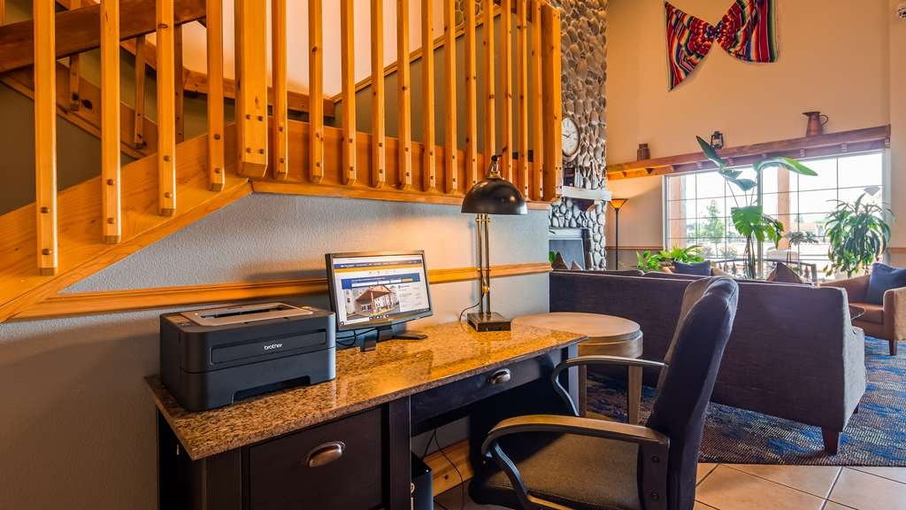Best Western Woodburn - Keep connected with your loved ones in our business center.