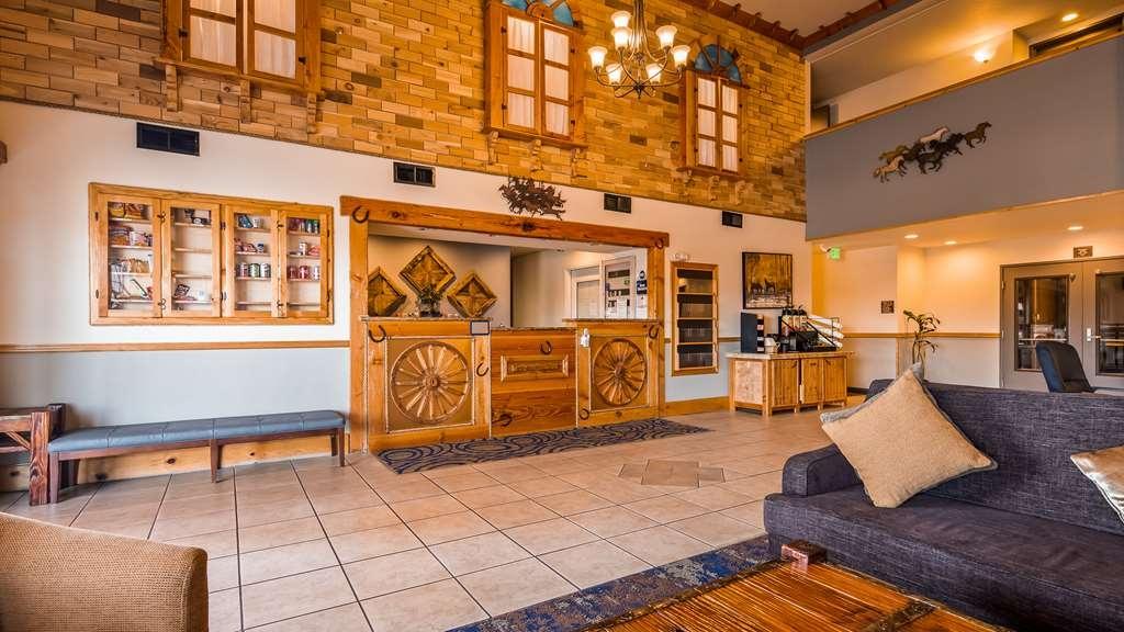 Best Western Woodburn - Hall