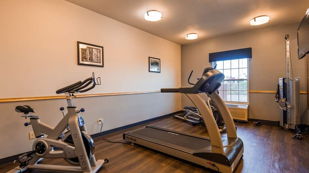 Best Western Woodburn - Our fitness center is outfitted with everything you need for a great workout.