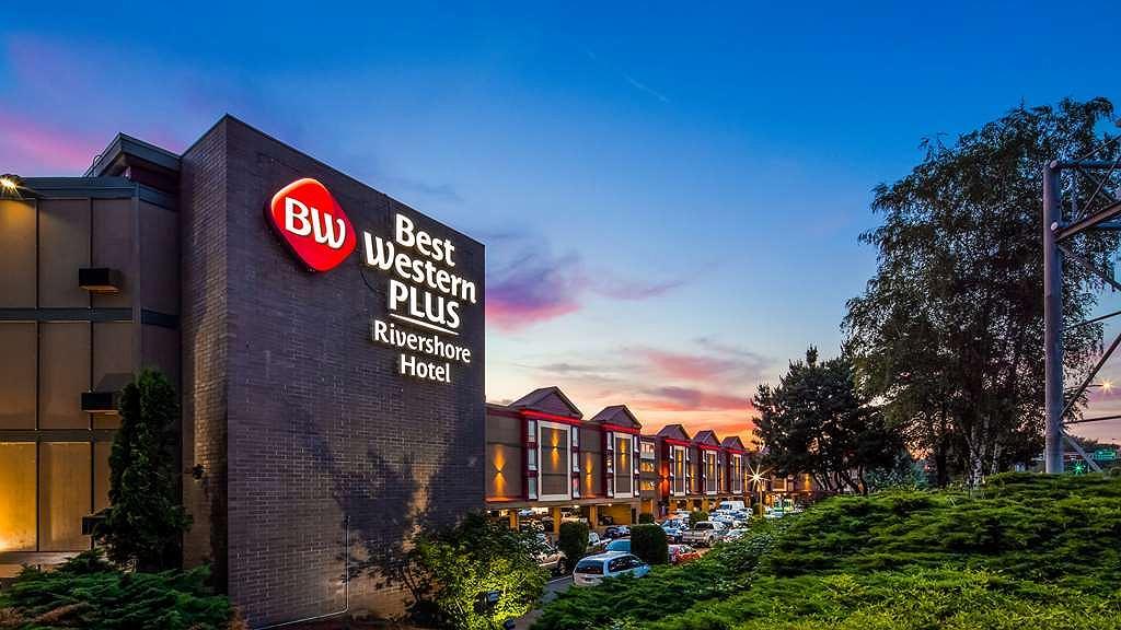 Best Western Plus Rivershore Hotel - Aussenansicht