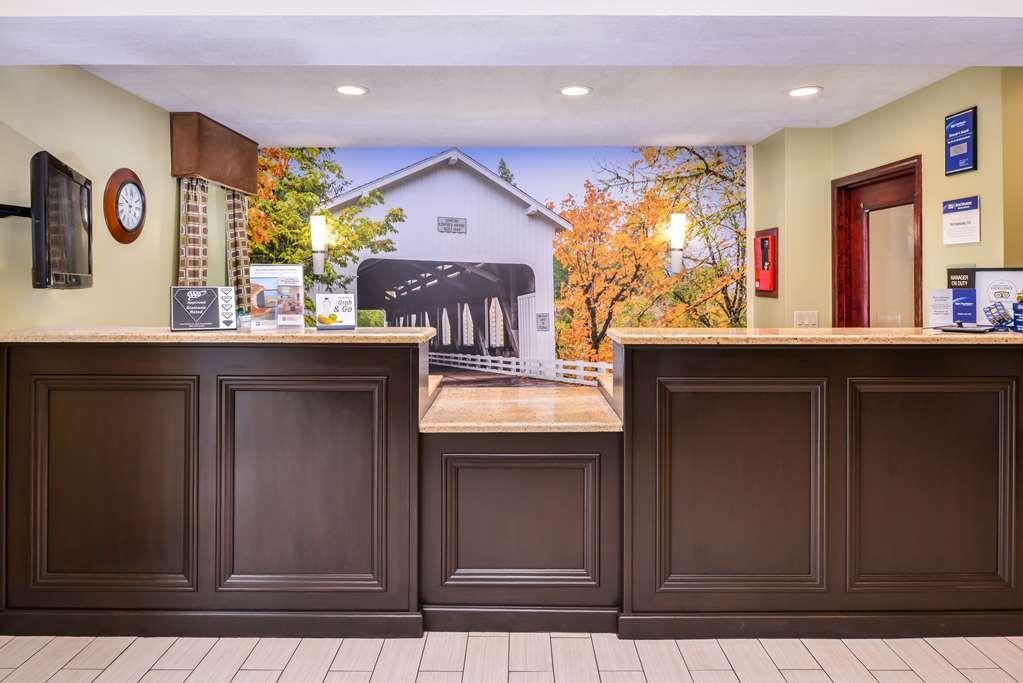 Best Western Cottage Grove Inn - Hall