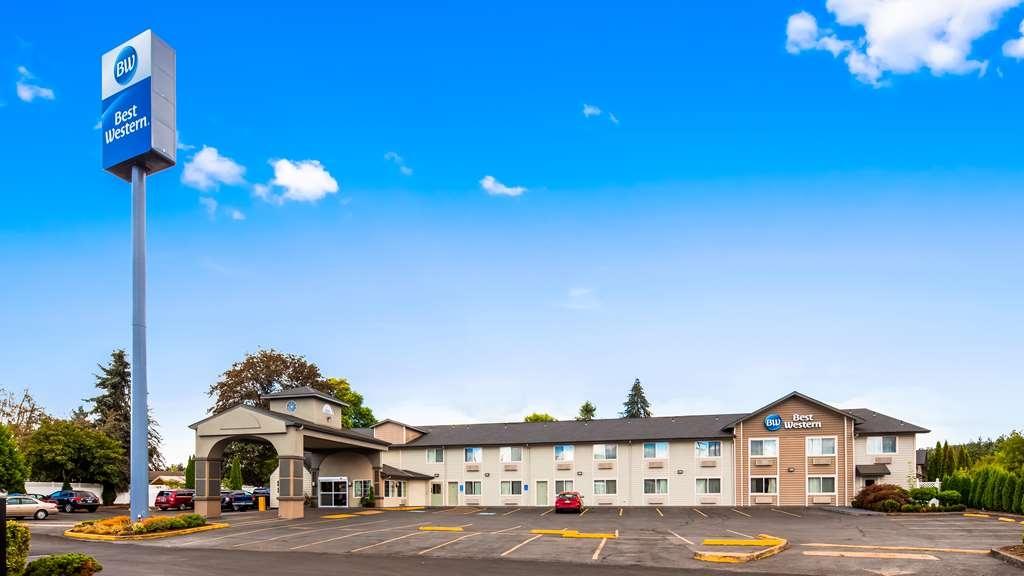 Best Western Cottage Grove Inn - Facciata dell'albergo