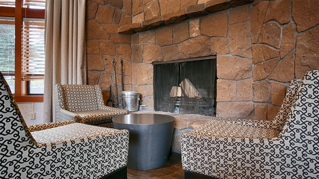 Best Western Mt. Hood Inn - Stay warm by the fireplace or settle into one of the comfortable chairs.