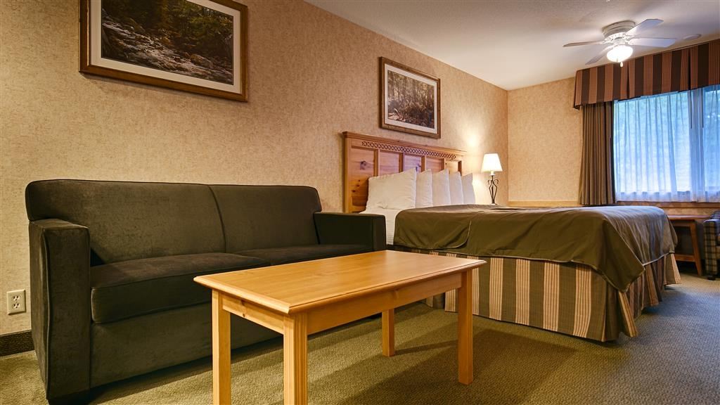 Best Western Mt. Hood Inn - Our King bed guest room offers a nice couch to relax after a long day on Mt. Hood. Selected King bed guest rooms also offer a sofa bed for extra sleeping room.