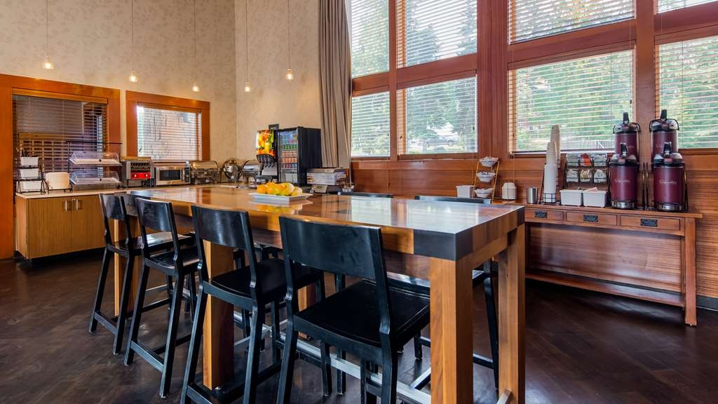 Best Western Mt. Hood Inn - Breakfast Area