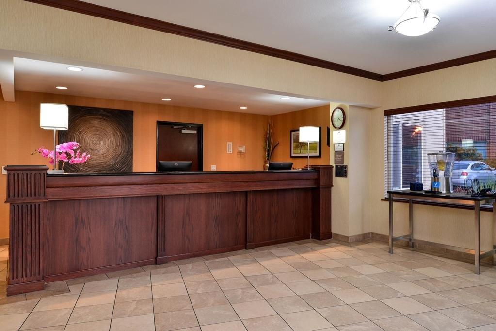 Best Western Wilsonville Inn & Suites - Vue du lobby
