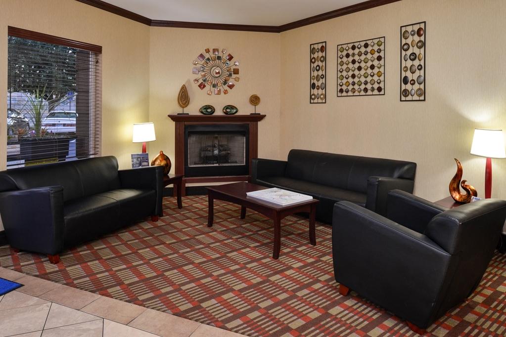 Best Western Wilsonville Inn & Suites - Lobby