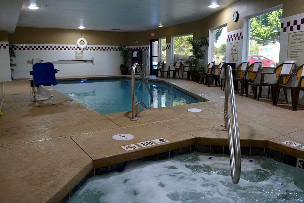 Best Western Wilsonville Inn & Suites - Vue de la piscine