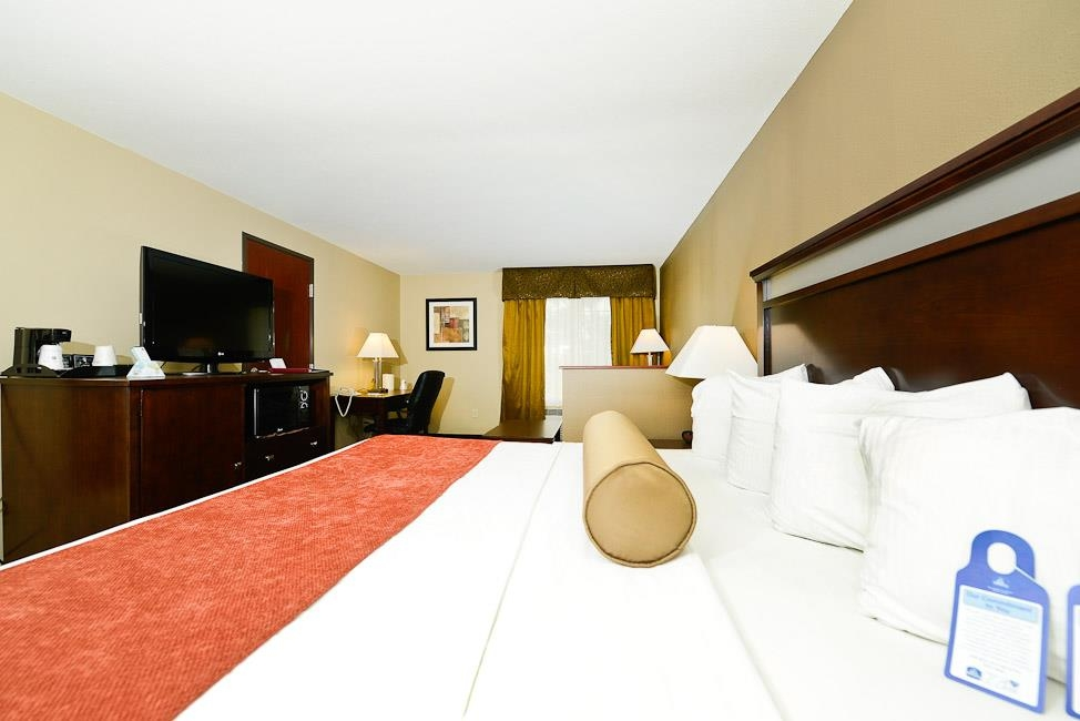 Best Western Plus Prairie Inn - You won't need to worry about getting a good night's sleep.