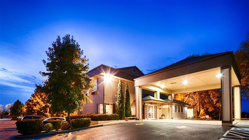 Best Western Plus Prairie Inn - Außenansicht