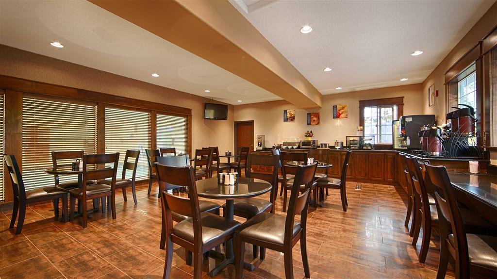 Best Western Plus Prairie Inn - Restaurant / Etablissement gastronomique