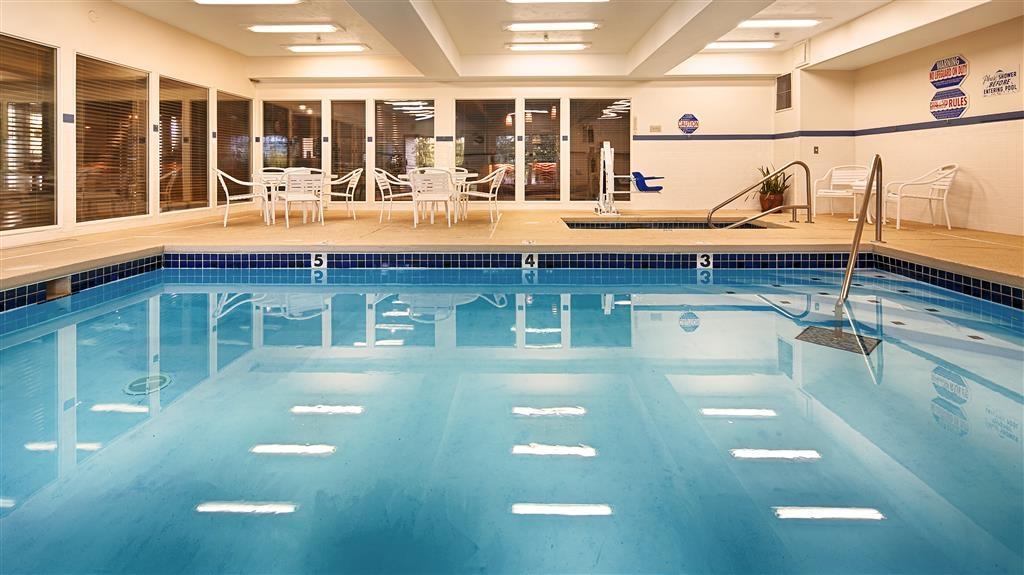 Best Western Plus Prairie Inn - Indoor Pool