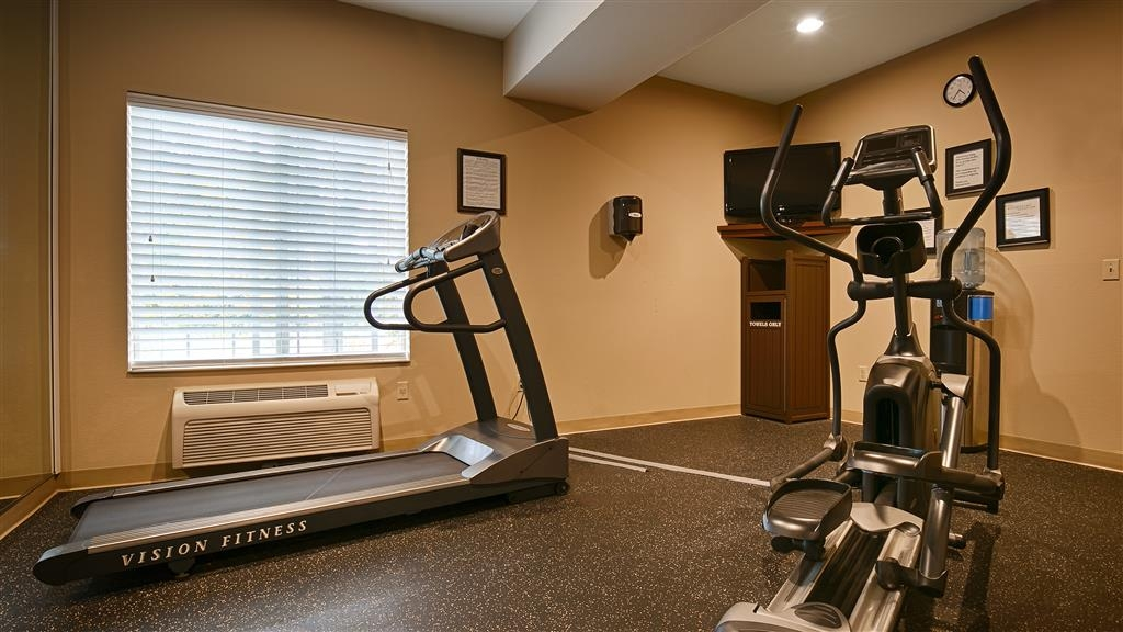 Best Western Plus Prairie Inn - Fitness Center