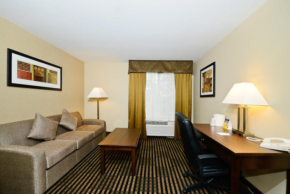 Best Western Plus Prairie Inn - There's no better place to stay when you're in Albany, Oregon.