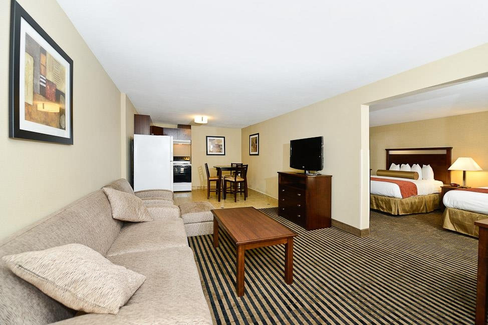 Best Western Plus Prairie Inn - Two Room (open) Double Queen Suite with full size kitchen