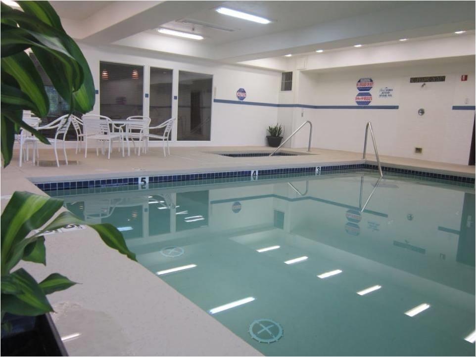 Best Western Plus Prairie Inn - Schwimmbad