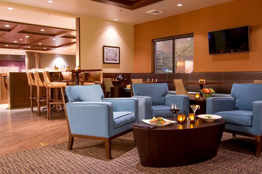 Best Western Premier Boulder Falls Inn - Lobby Merkmal