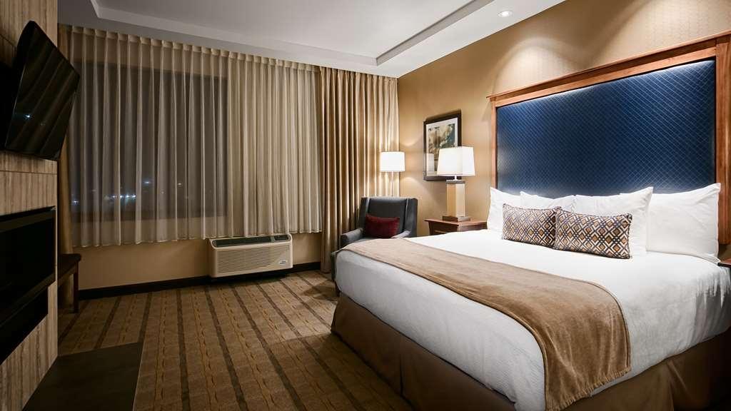 Best Western Premier Boulder Falls Inn - Gästezimmer/ Unterkünfte