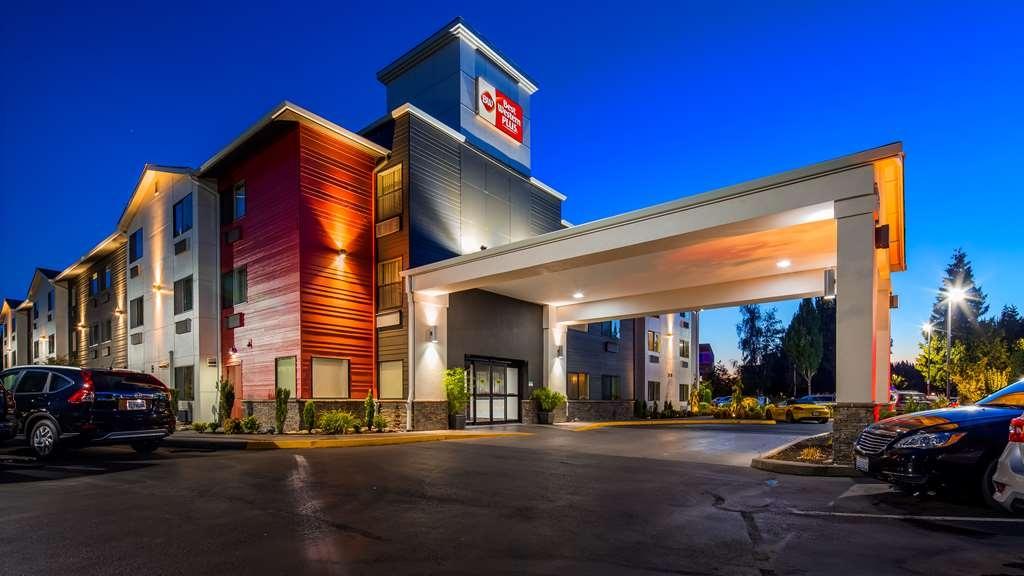 Best Western Plus Portland Airport Hotel & Suites - Vista Exterior