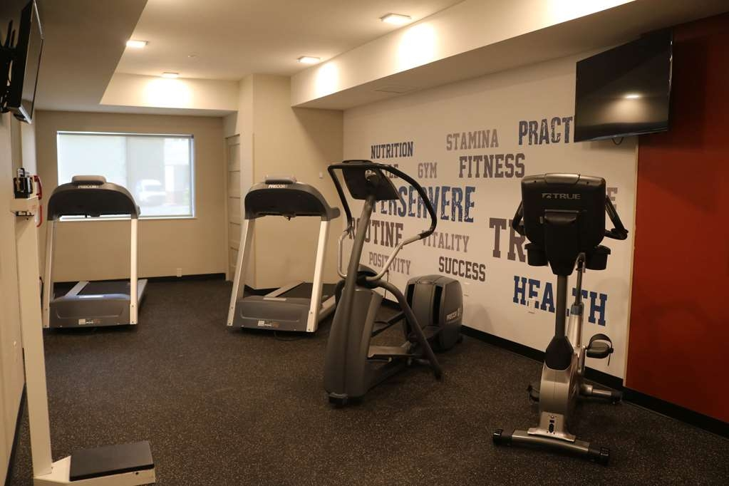 Best Western Plus Portland Airport Hotel & Suites - Fitness Room