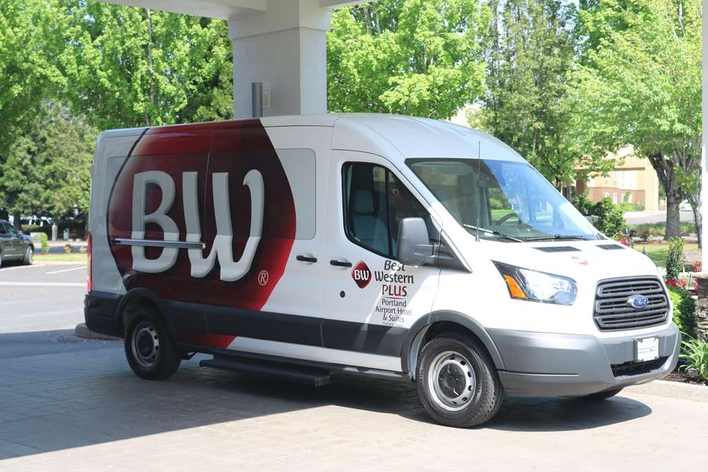 Best Western Plus Portland Airport Hotel & Suites - Shuttle
