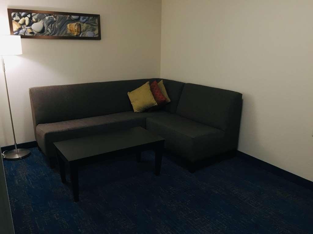 Best Western Plus Portland Airport Hotel & Suites - Habitaciones/Alojamientos