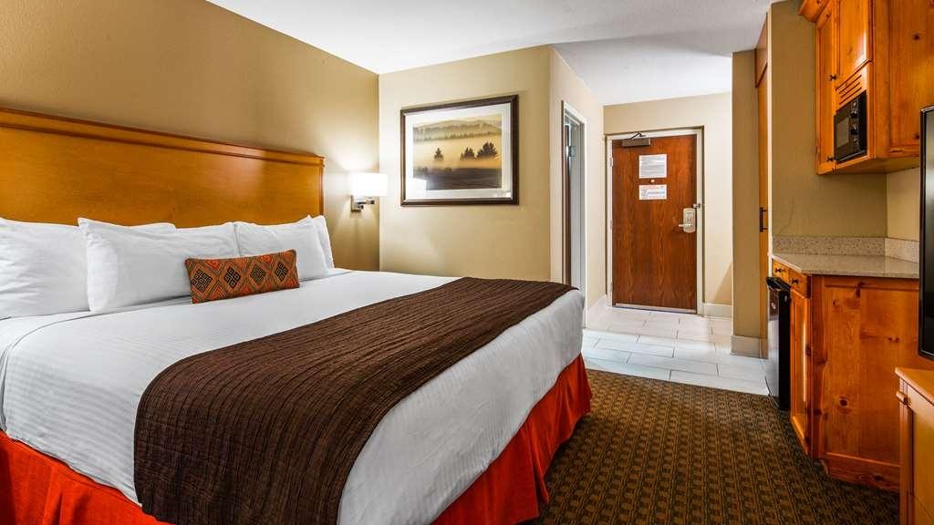 Best Western Plus Olympic Inn - King Guest Room