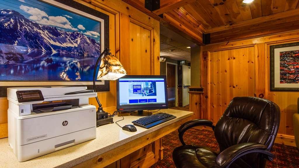 Best Western Plus Olympic Inn - Business Center