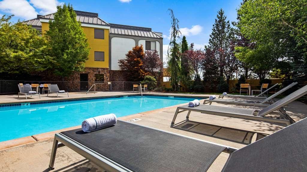 Best Western Plus Olympic Inn - Pool