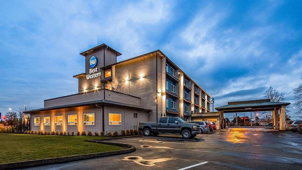 Best Western McMinnville Inn - Area esterna