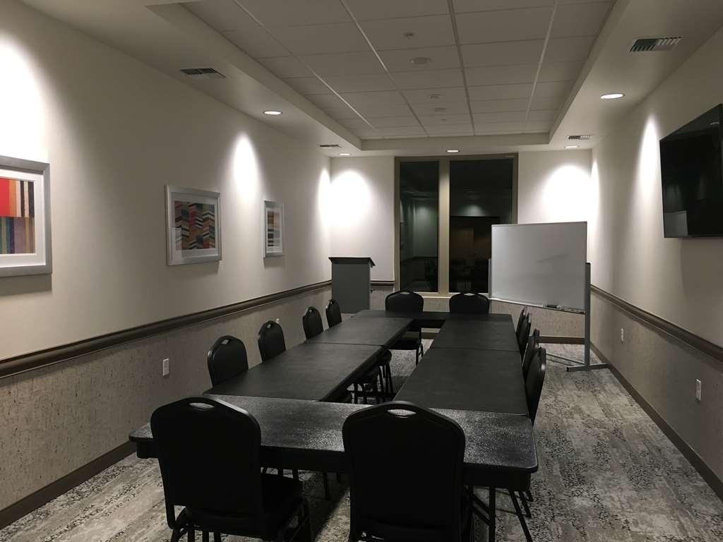 Best Western Premier Peppertree Inn at Bend - Sala de reuniones