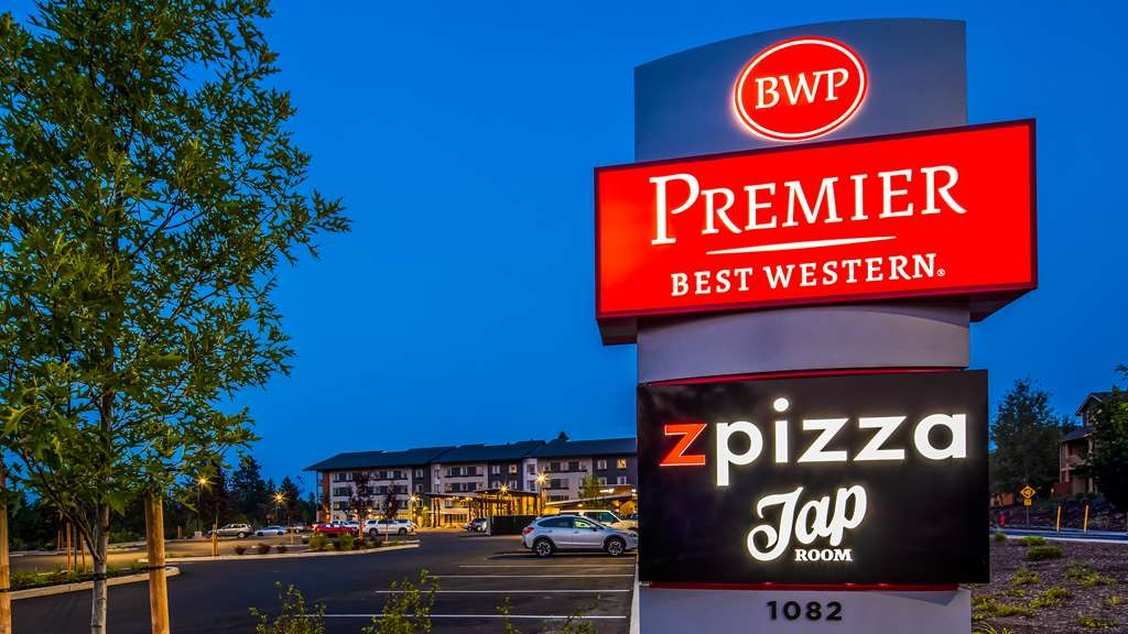Best Western Premier Peppertree Inn at Bend - Vista Exterior