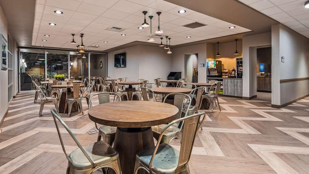 Best Western Premier Peppertree Inn at Bend - Restaurant / Etablissement gastronomique