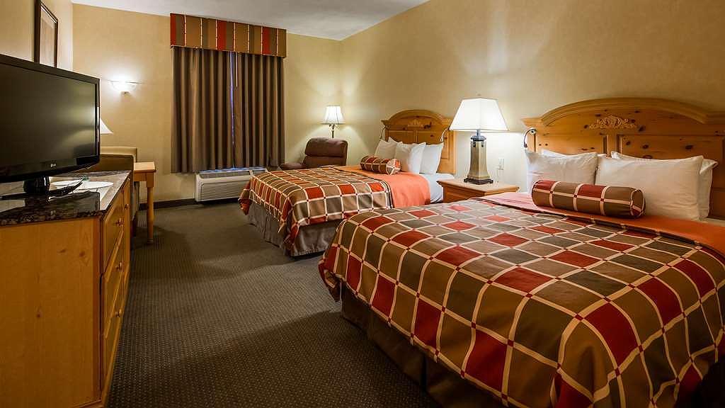 Hotel In Paradise Best Western Plus Revere Inn Suites
