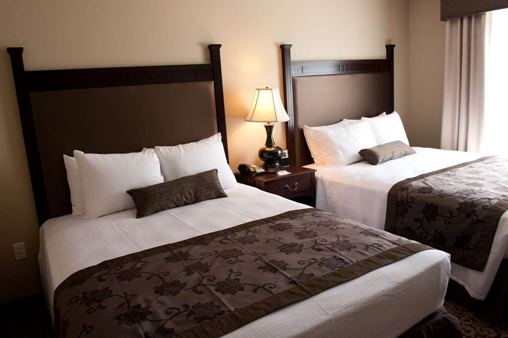 Best Western Plus Intercourse Village Inn & Suites - Two Queen Guest Room