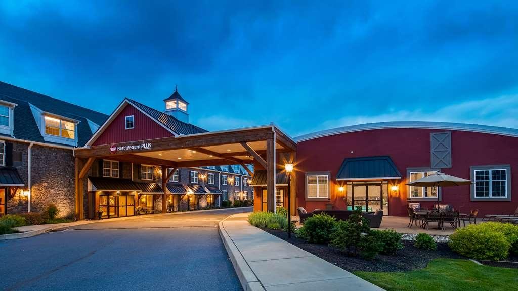 Best Western Plus Intercourse Village Inn & Suites - Façade
