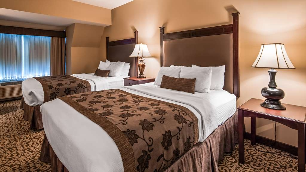 Best Western Plus Intercourse Village Inn & Suites - Guest Room Two Beds