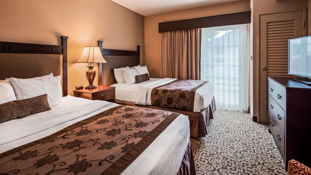 Best Western Plus Intercourse Village Inn & Suites - Guest Rooms Two Rooms