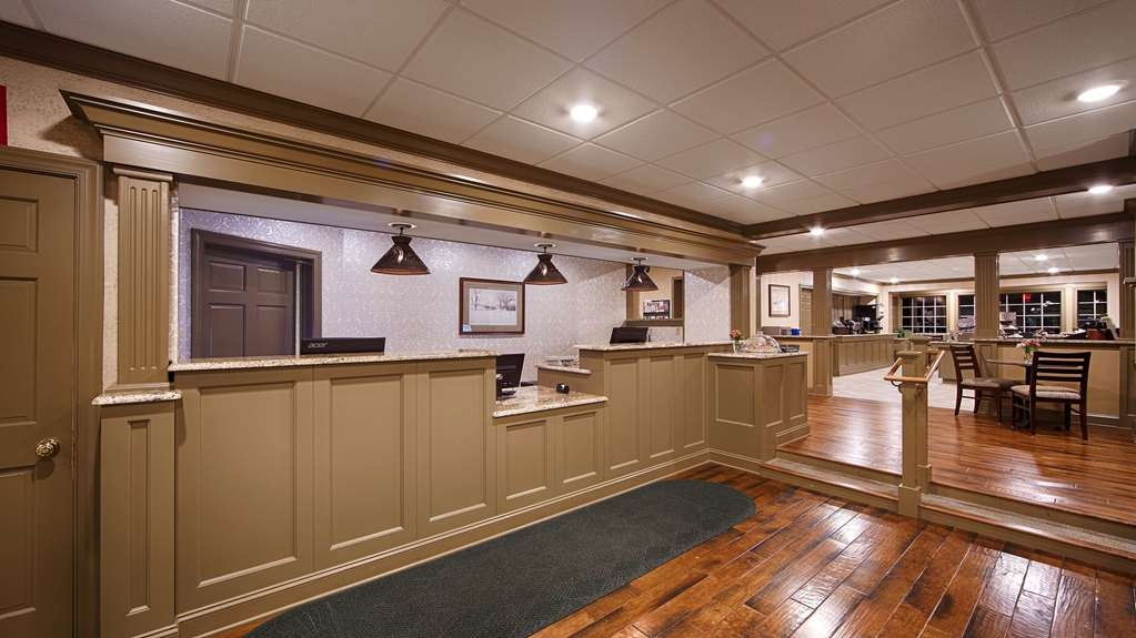 Best Western Plus Country Cupboard Inn - reception