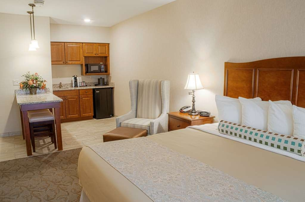 Best Western Plus Country Cupboard Inn - junior suite