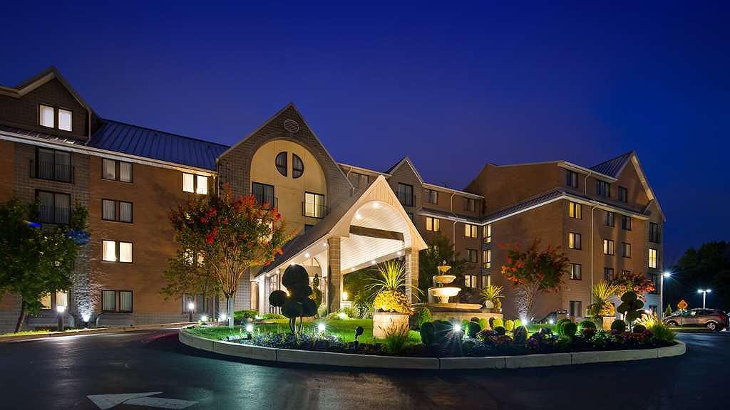 Best Western Plus Concordville Hotel - Aussenansicht