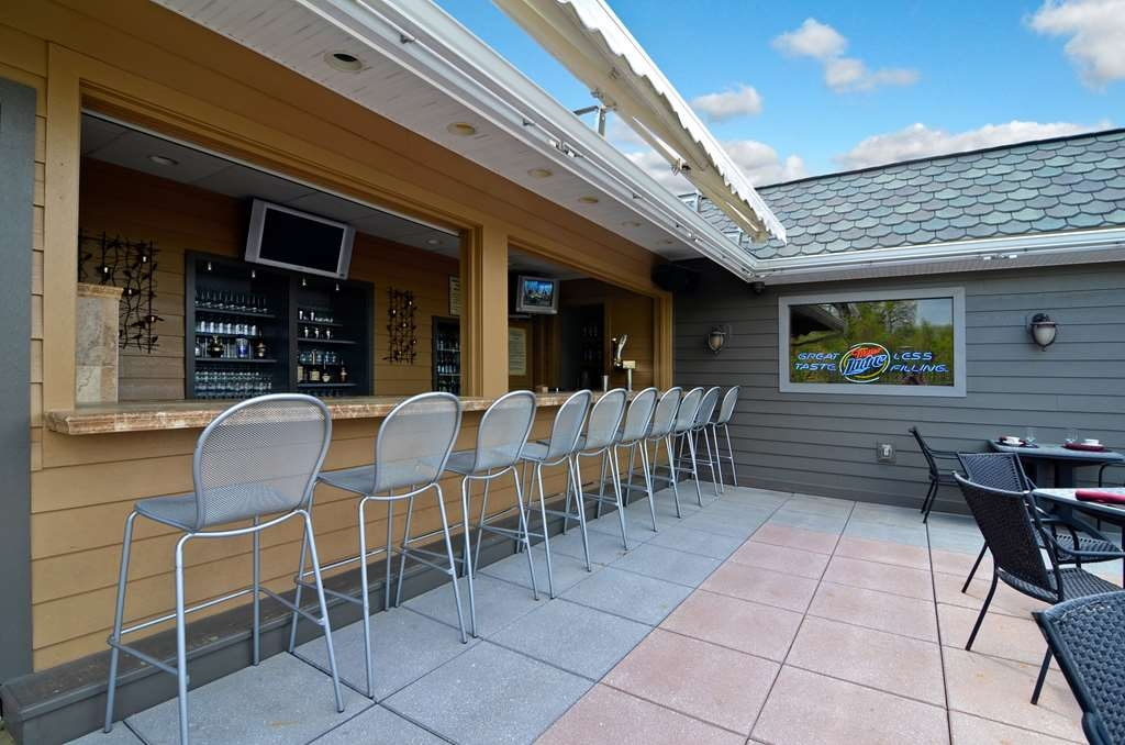 Best Western Plus Concordville Hotel - Concordville Inn Roof Top Terrace Bar