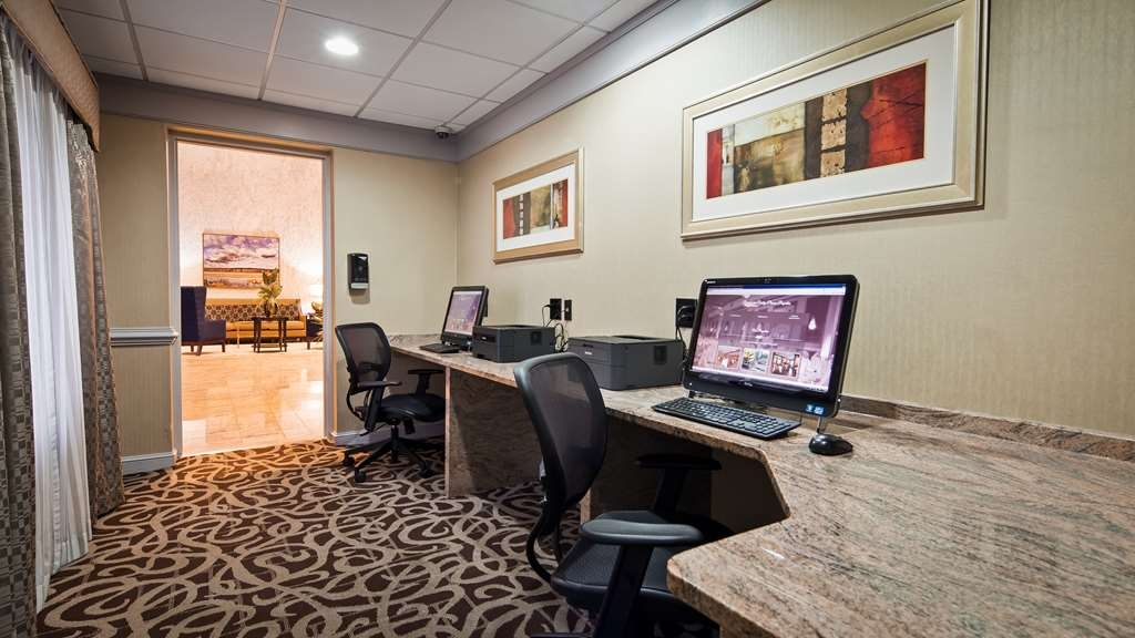 Best Western Plus Concordville Hotel - Our Business Center is open 24 hours