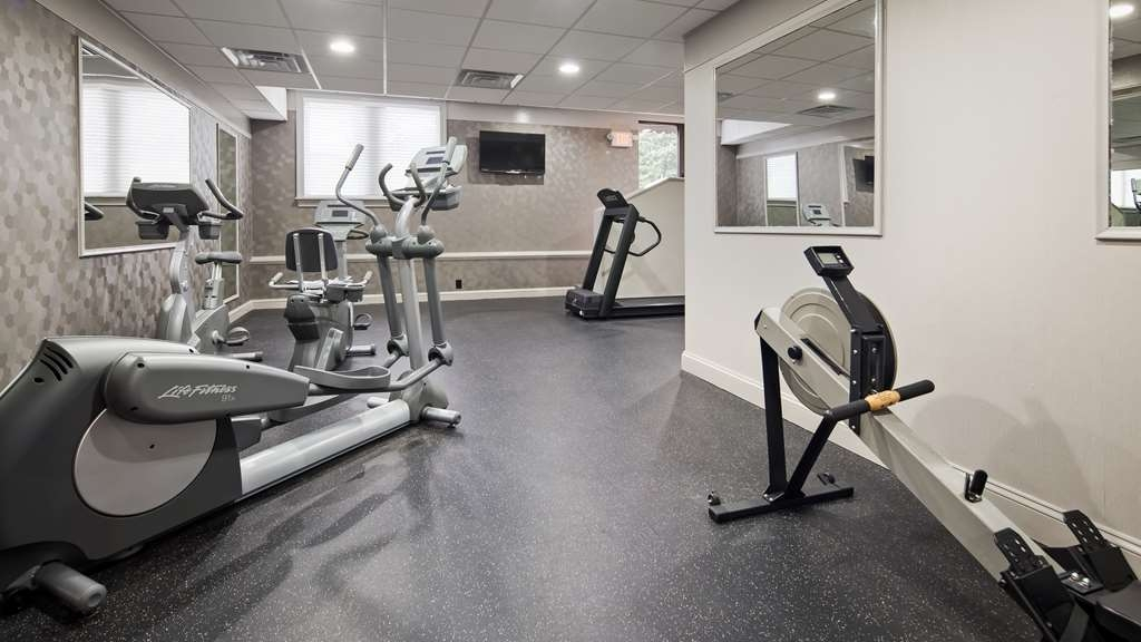 Best Western Plus Concordville Hotel - Our 2 room fitness center is over 700 square feet. Fitness center features state of the art equipment with plenty of area for stretching and aerobics.