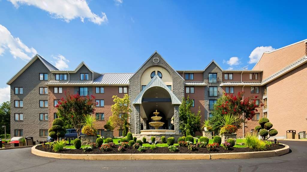 Best Western Plus Concordville Hotel - Explore all that Brandywine Valley has to offer! After you see it all, come home to the Concordville Hotel.